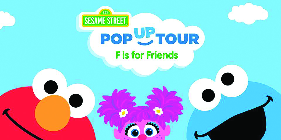 sesame-street-f-is-for-friends-event-at-northbrook-court